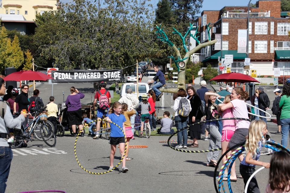 GPSW is going to be at Berkeley Sunday Streets with Habitot Children's Museum!